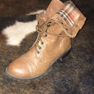 6.5 brown boots